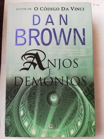 Anjos e demonios, de Dan brown