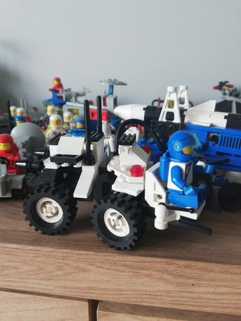 Lego space futuron 1621 lunar mpv vehicle