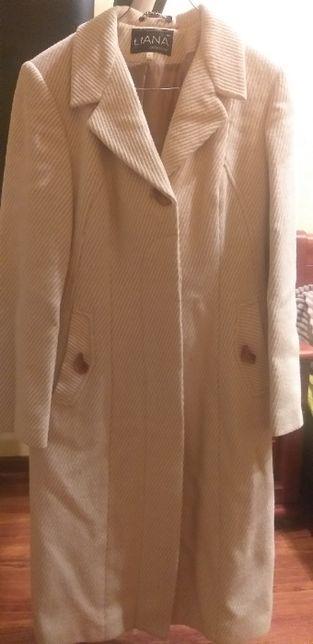 Демисезонное пальто, размер 48 размер.