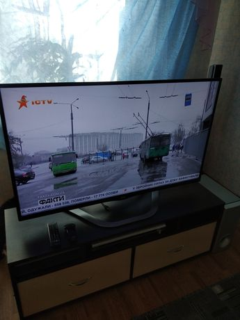 """Телевизор LG 47"""""""