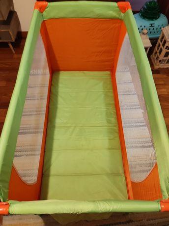 Cama de bebé Viagem/Parque marca bebe seguro muito bom estado