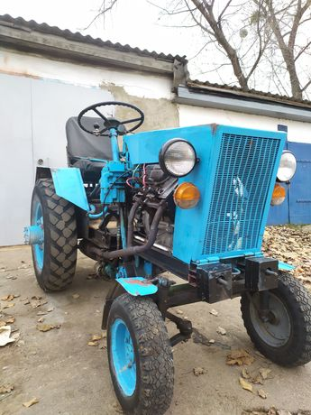 Трактор саморобный