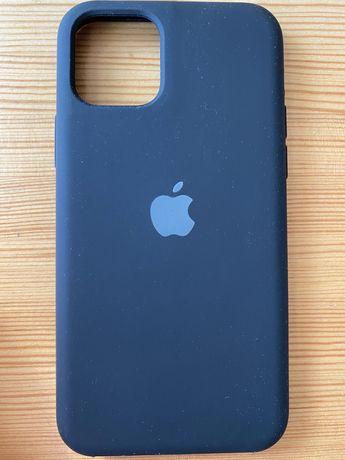 Czarne siliconowe etui iPhone 11 Pro