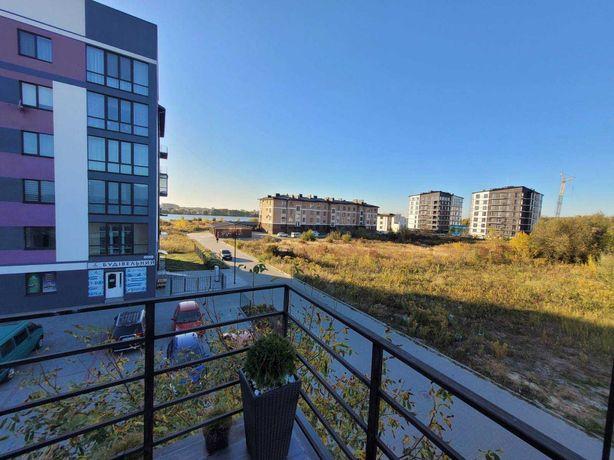 Продам квартиру з власною терасою і виглядом на озеро.V
