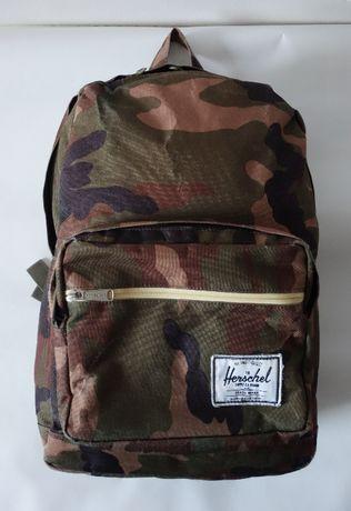 """Plecak Herschel Pop Quiz™ - 22 L kieszeń na laptop 15"""" wojskowy camo"""