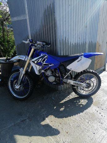 Yamaha yz 125. 2004r