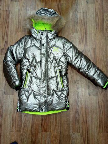Зимняя куртка с натуральной меховой опушкой