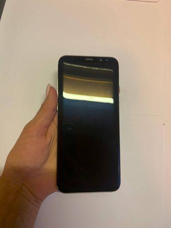 Продам Samsung Galaxy S8+ в очень хорошем состоянии