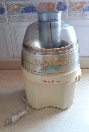 Máquina de fazer sumos Moulinex
