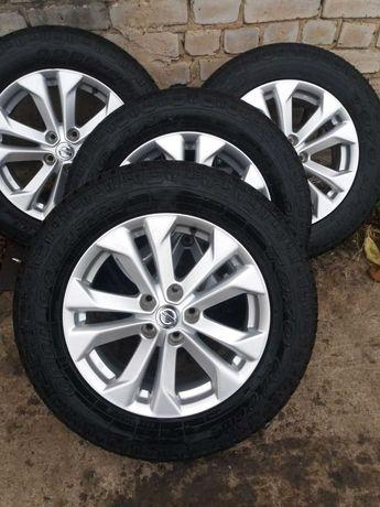 Продам колеса на Nissan X Trails