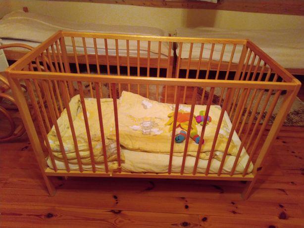 Łóżeczko dziecięce, materac, pościel, kołderka, poduszka, ochraniacz