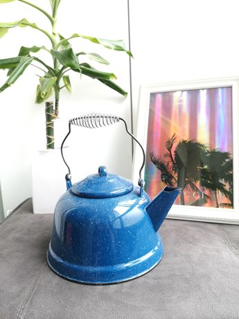 Chaleira/regador vintage em azul esmaltado