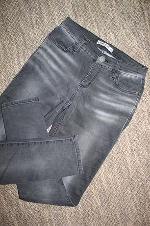 Стрейчевые джинсы тёмно-серо цвета, р-р m-l