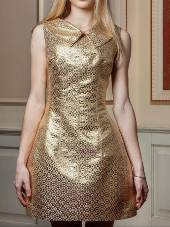Платье золотое из парчи