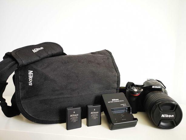 Nikon D5200 + Lente 18-105mm + acessórios em bom estado