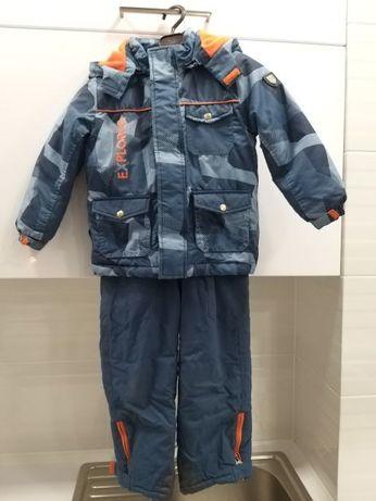 Продам б/у комбинезон CHICCO на мальчика 5 лет.