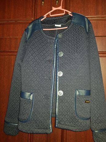 Шкільна темно- синя кофта