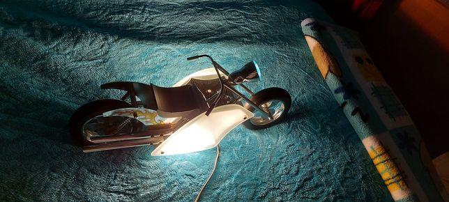 Super lampka motor