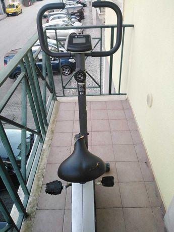 Bicicleta estatica DOMYOS