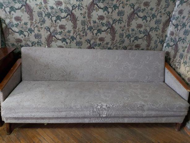 Отдам диван б/у, состояние на 3.