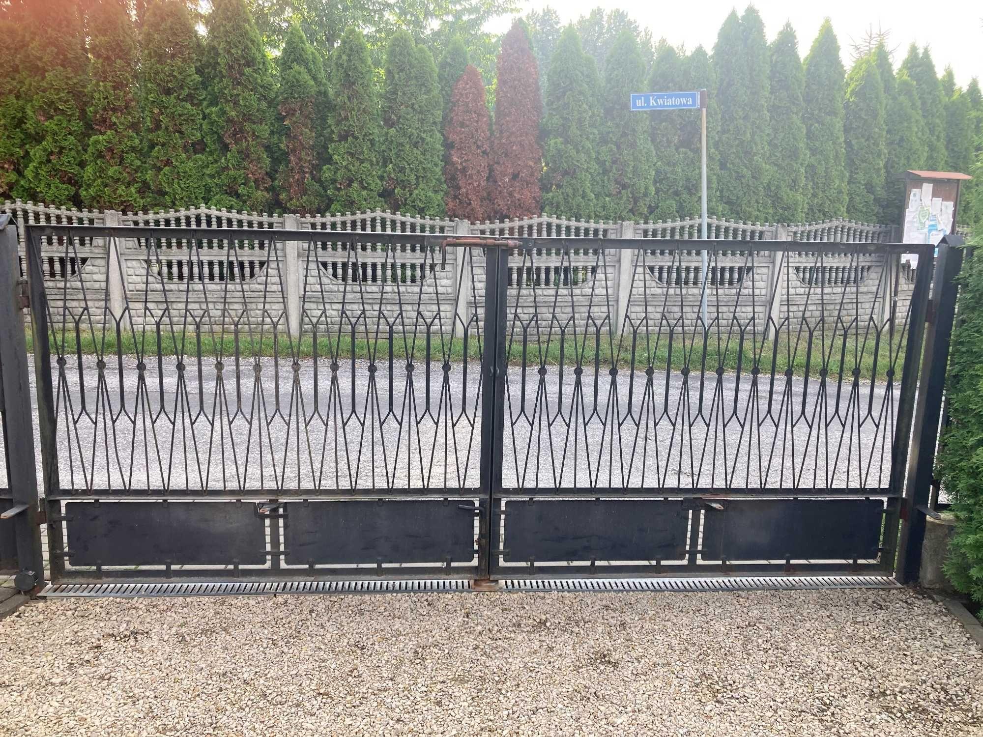 Brama_Ogrodzenie metalowe
