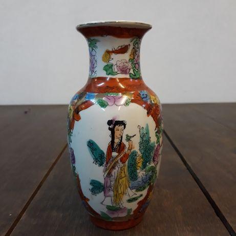 Wazonik chiński, porcelanowy, ręcznie malowany, kobieta, kwiaty