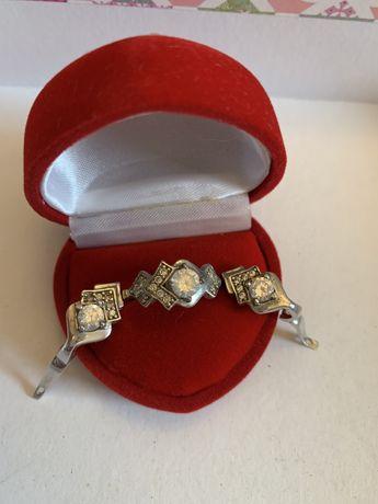 Srebrny zestaw pierscionek, zawieszka i kolczyki - angeislkie zapięcie