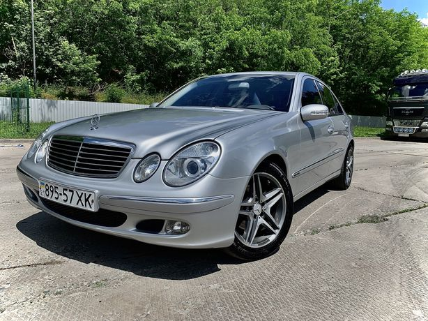 Mercedes benz E 240