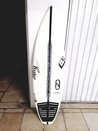 "Prancha de surf Slater Design modelo Gamma 5'6"""