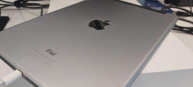 iPad air 2 4g  WiFi 64G