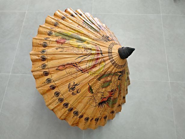 Chapéu de sol oriental em papel feito à mão