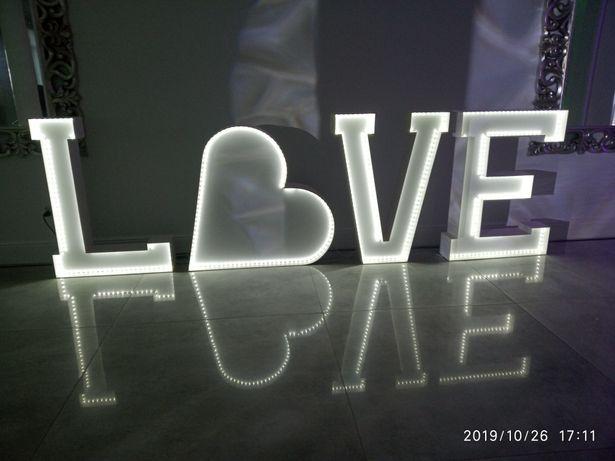 Promocja Fotobudka + ciężki dym + napis LOVE + napis 18