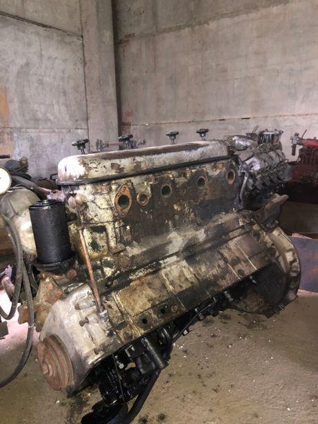 Двигатель МАЗ (на запчасти)