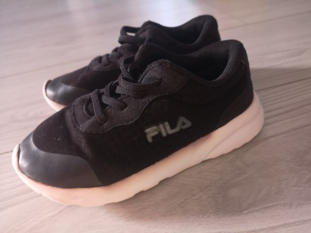 Buty Fils Fila sportowe adidasy czarne rozm. 28 chłopięce