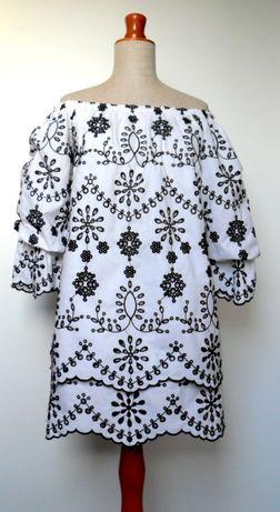 Zara biała sukienka haftowana XS