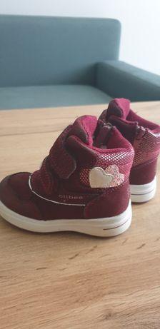 Продається зимове взуття для дівчинки 21 р.у ідеальному стані