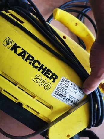 Maquina lavar Karcher 200