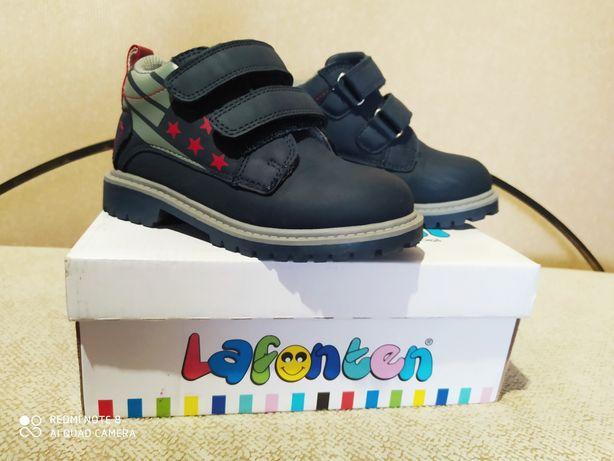Туфли, ботиночки на мальчика.