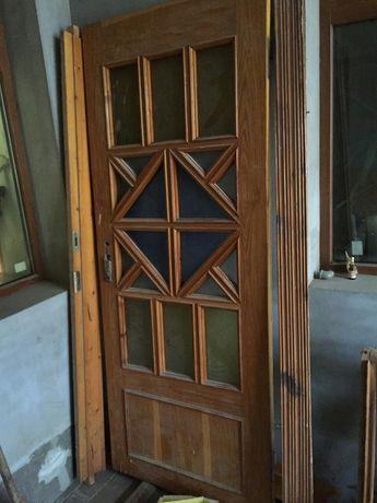 Двери комнатные деревянные