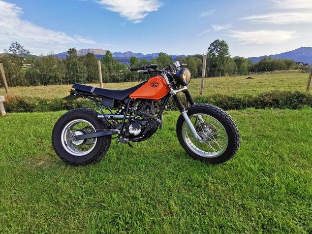 Yamaha tw 125 scrambler Custom