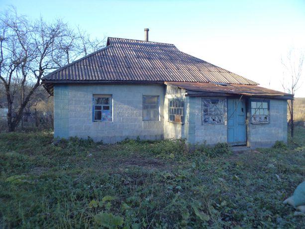 Продам хату в селищі Вільшанка