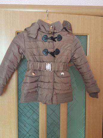 Продам куртку на рост 130 см