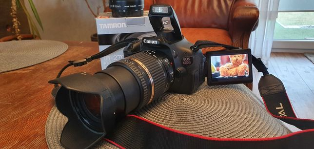 Canon EOS 600 D + 2 OBIEKTYWY