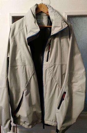Продам куртка - ветровку Atrum
