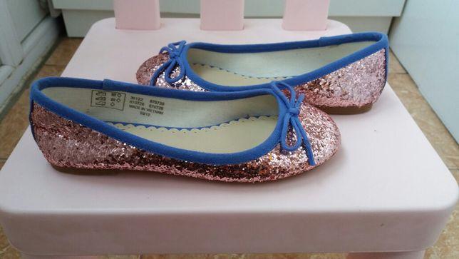 Стильные красивые нарядные туфли модные праздничные туфельки балетки