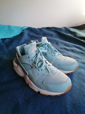 Nike huarache quase novas
