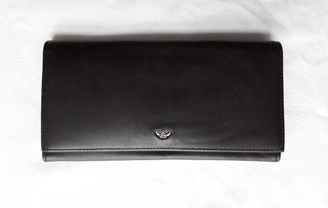 Nowy Damski portfel Golden Head, czarny.