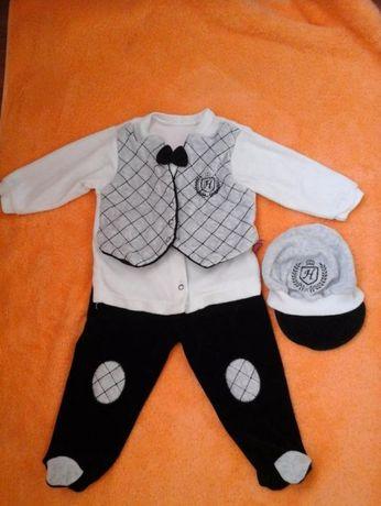 Нарядный костюмчик на мальчика 9 мес.