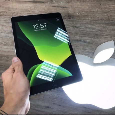 "Продам iPad Pro 32Gb 9.7"" 18года Wi-Fi"