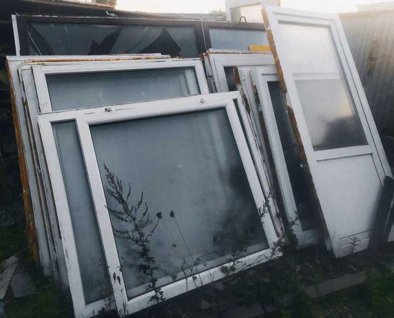 Okna z rozbiórki. Okno. Okna